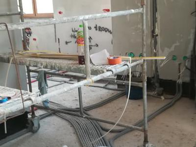 roboty budowlane 35