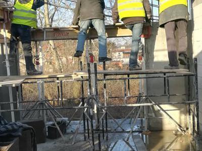 roboty budowlane 45