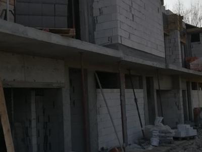 roboty budowlane 58
